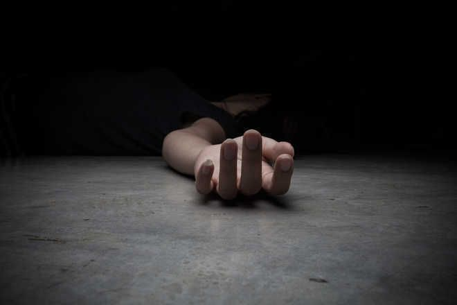 Class 10 student ends life as her friend scores higher marks