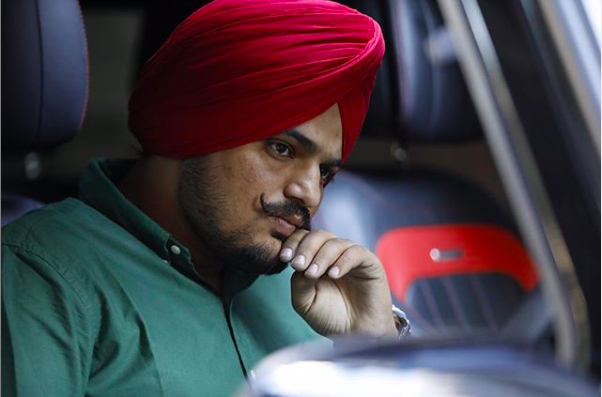 Avneet Sidhu calls out Moosewala for 'blatant glorification of weapons' in his latest song