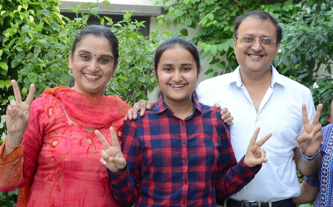Maanya tops in Jalandhar with near-perfect score of 99%