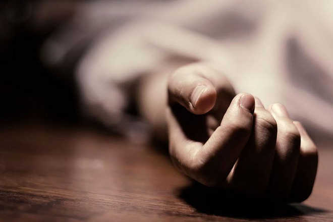 22-yr-old youth electrocuted at Colony No.4
