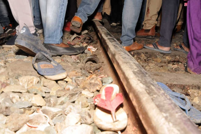 Judicial probe finds four guilty in Amritsar train tragedy
