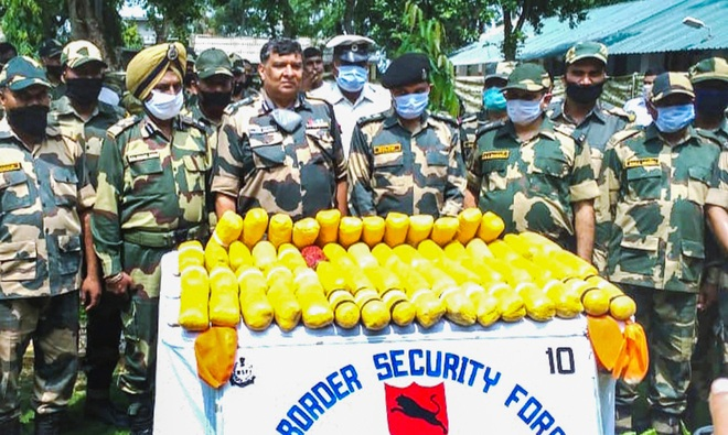 Rs 300-crore heroin in 60 football bladders seized from raging Ravi