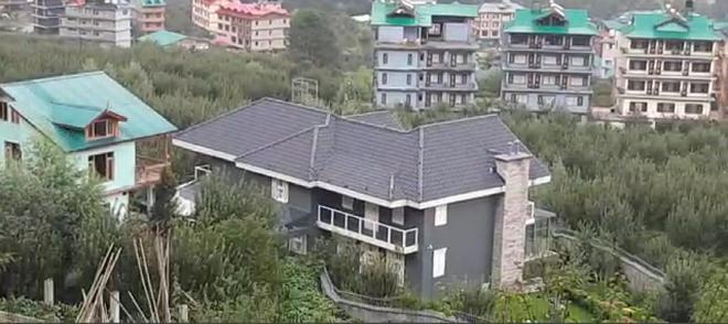 Gunshot heard outside Kangana's Manali home