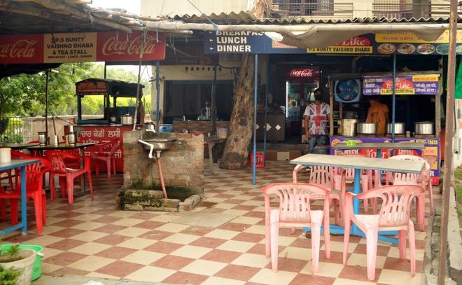 No customers, highway eateries, dhabas miss taste of life