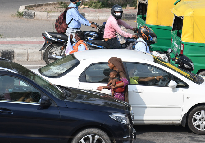 Safety comes first, don't give alms at light points