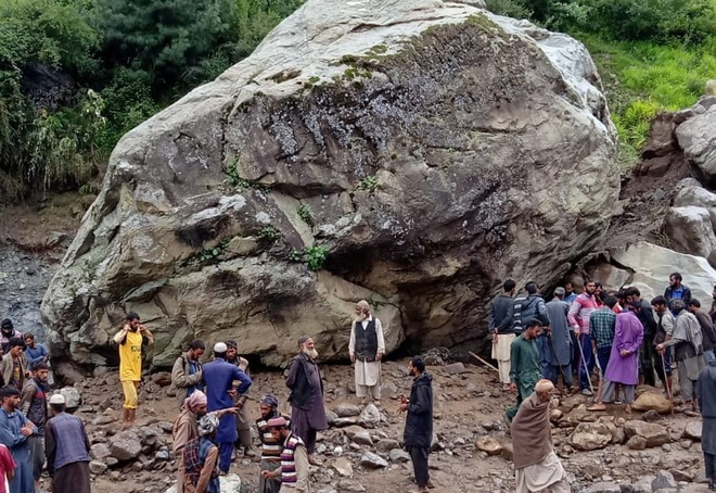 3 nomads buried alive under Reasi mudslide