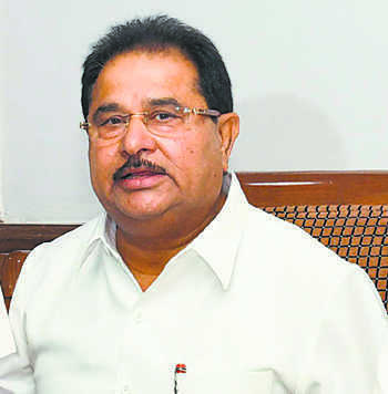 Soni expresses displeasure with Rajindra Hospital authorities over stealing of valuables