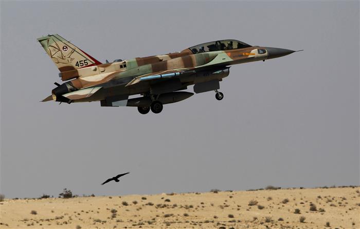 Gaza rockets, Israeli air strikes accompany Israel-Gulf pacts