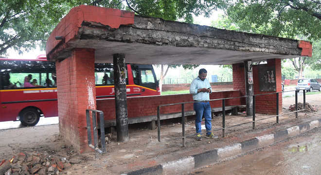 Soon, digital screens at bus queue shelters in Chandigarh