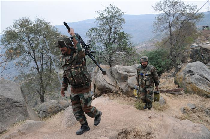 3 infiltrators killed, 4 Army soldiers injured on LoC in Jammu