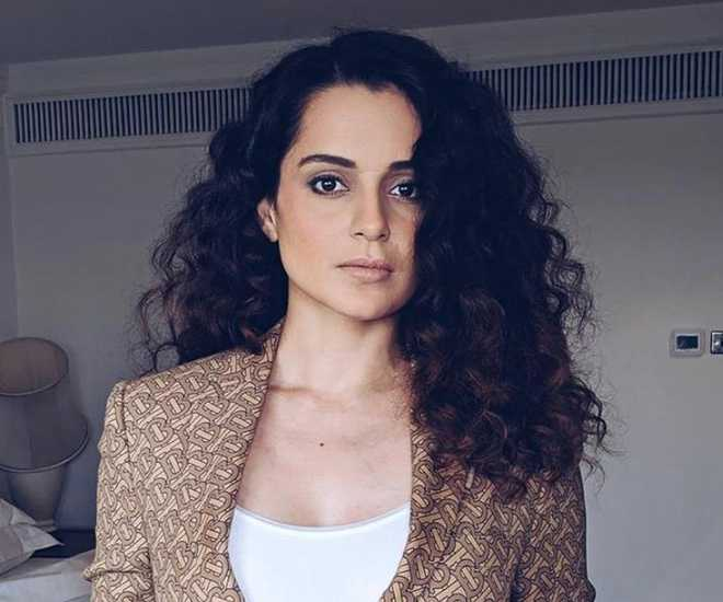 Watch: Kangana Ranaut hosts New Year party for her 'Dhaakad' team
