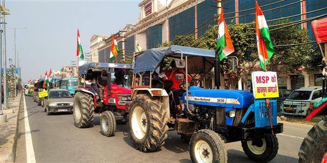 Differences between Delhi Police, BKU leader Rakesh Tikait over tractor rally route
