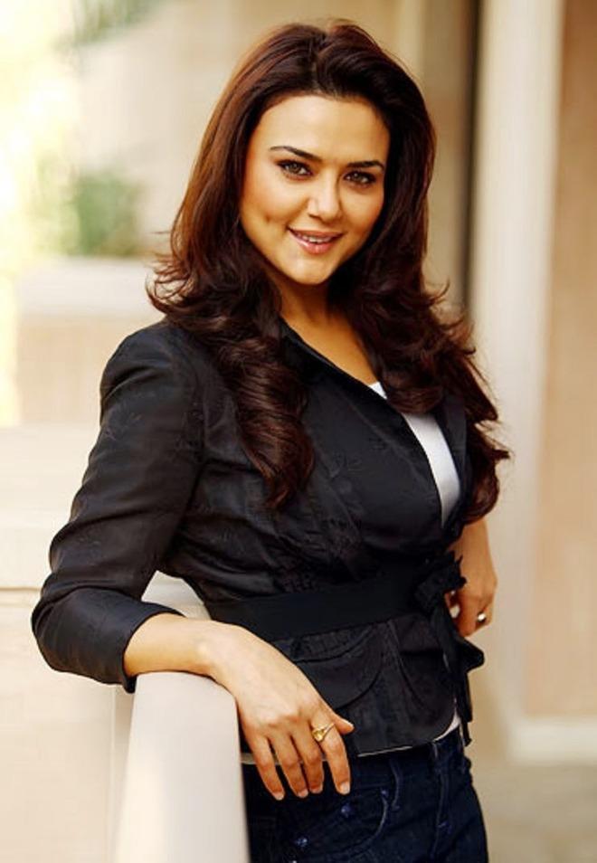Preity Zinta hints at 'new beginnings' in 2021