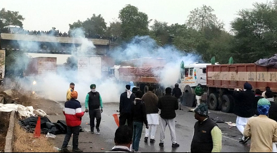 Police, farmers clash on Delhi-Jaipur highway