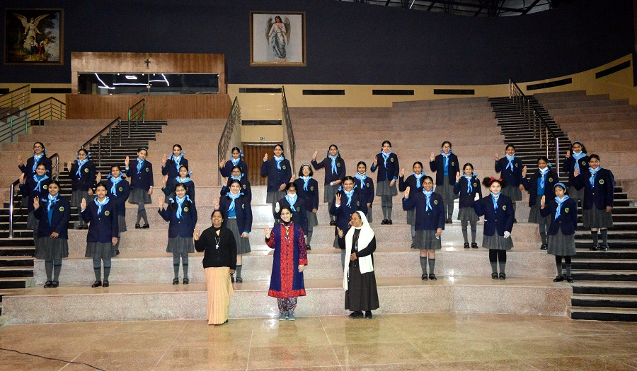 Felicitation ceremony at Sacred Heart, Chandigarh