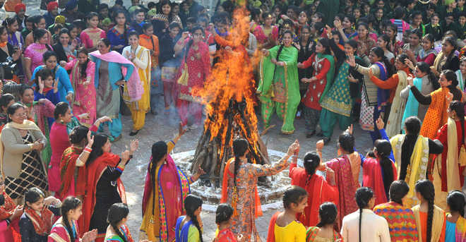 Lohri 2021: Here are some interesting facts, significance about harvest festival