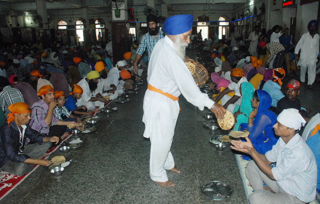 Golden Temple to soon offer 'steaming hot' langar to devotees