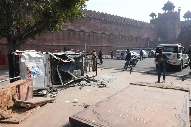 Minister asks ASI for report on Tuesday's Red Fort raid