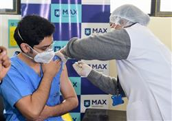 Covid vaccination begins in Delhi; health-care workers get first shots
