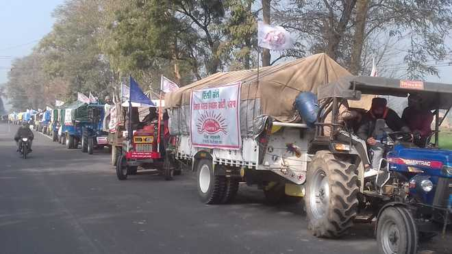 Farmers set out for Delhi march