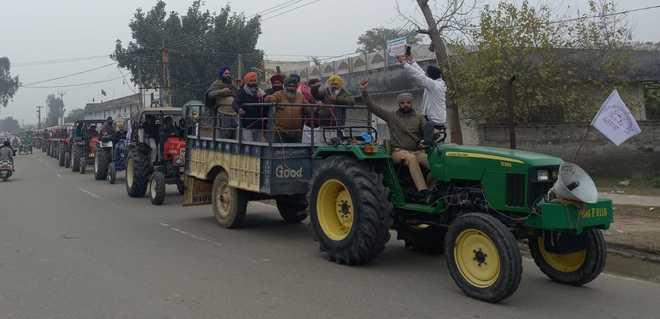Farmers rehearse for Jan 26 tractor march