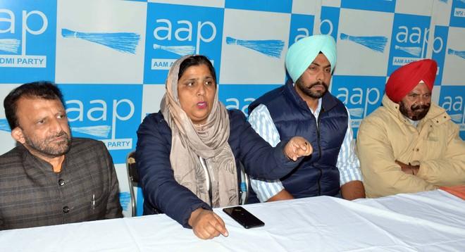 AAP to burn farm law copies