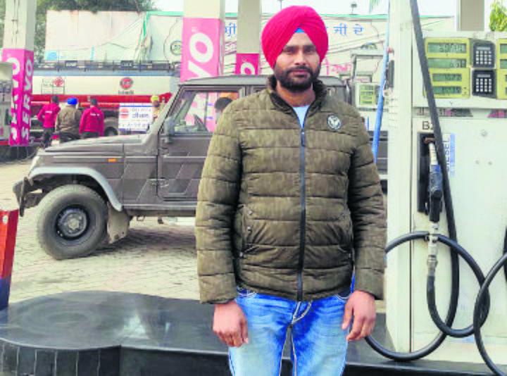 To fuel stir, ex-Army man foots diesel bill
