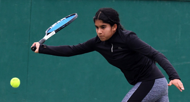Navya to face Sarthak in final