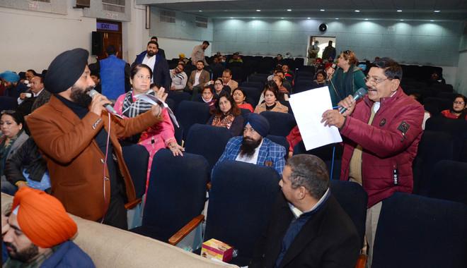 War of words, blame game rule Jalandhar MC House meeting