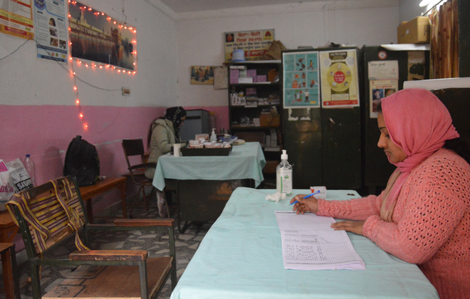 Shortage of space, staff cripples Field Gunj dispensary working