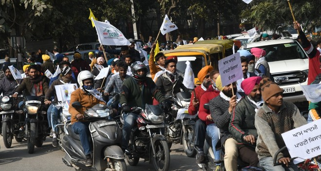 AAP organises motorcycle rally to mobilise support for tractor parade