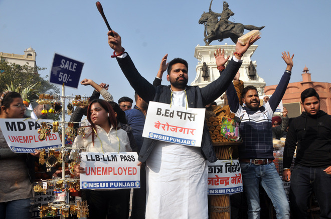 Events, rally held at Amritsar's Heritage Street on National Youth Day