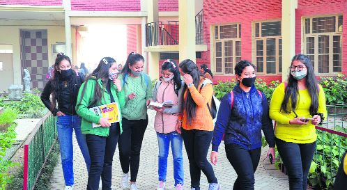 Buzz back as offline classes resume in colleges