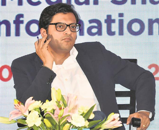 'All ministers with us': Arnab Goswami flaunts links in leaked chats
