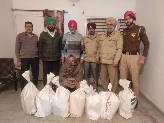 Gang involved in making spurious milk busted, 1 held