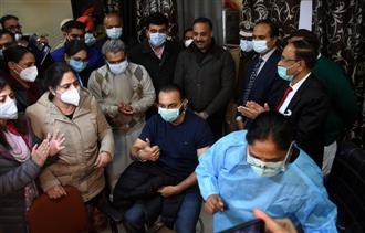 Covid vaccination kick-starts in Ludhiana