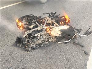 Collision leaves 3 bikers dead