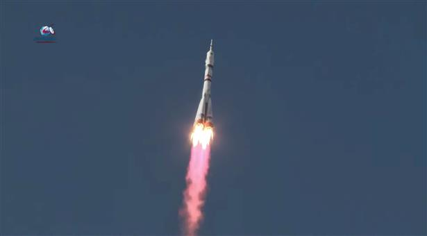 Russian film crew blasts off to make 1st movie in space
