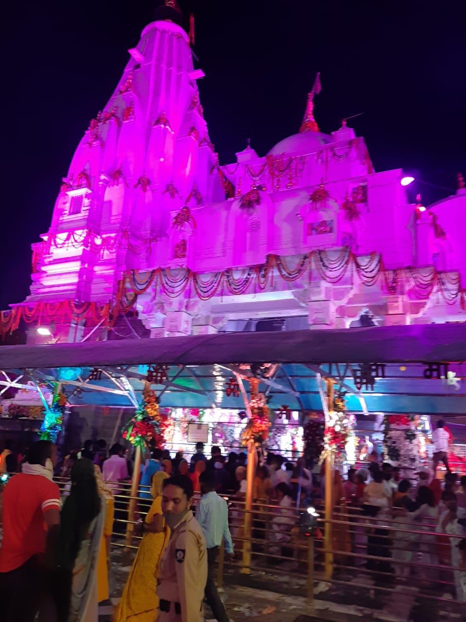 UP pilgrim jumps into Havan Kund in Brijeshwari Devi Temple