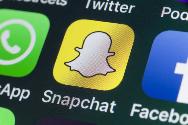 Snapchat comes back on after brief snag