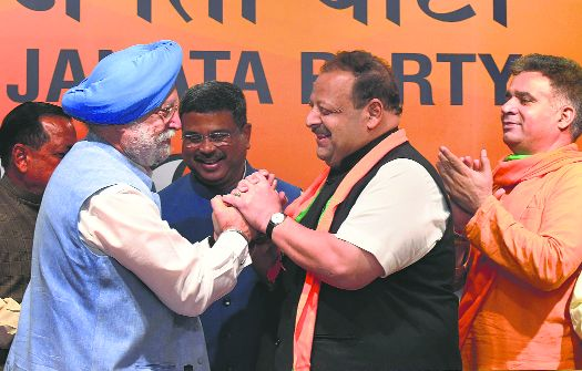 Jammu must have voice: Devender Rana after joining BJP