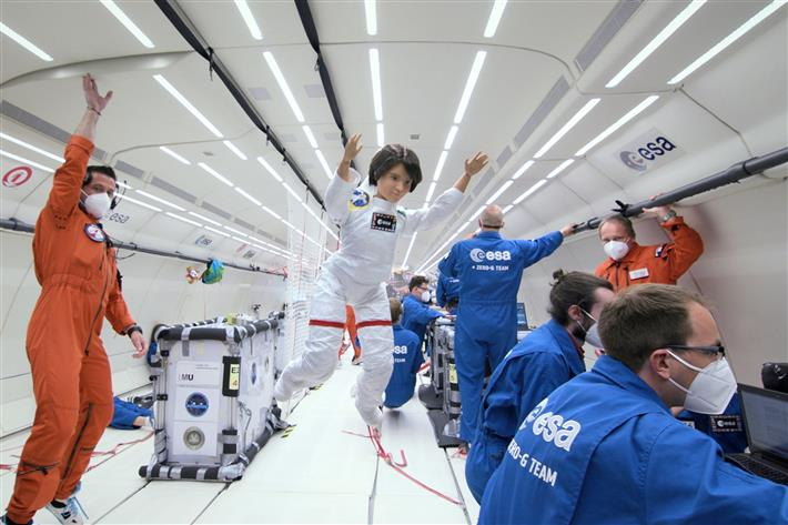 Astronaut Barbie doll jets off on zero-gravity flight