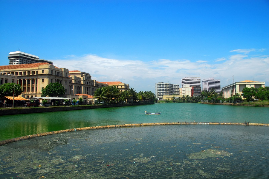 'Ecological floating islands' in Colombo's Beira Lake