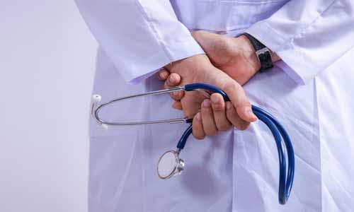 3 doctors 'assaulted' at Delhi hospital after newborn dies