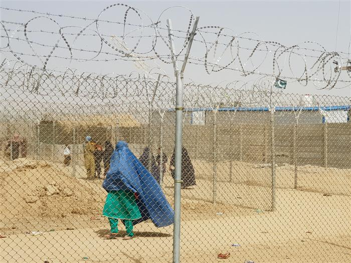 Spain evacuates 160 more Afghans via Pakistan