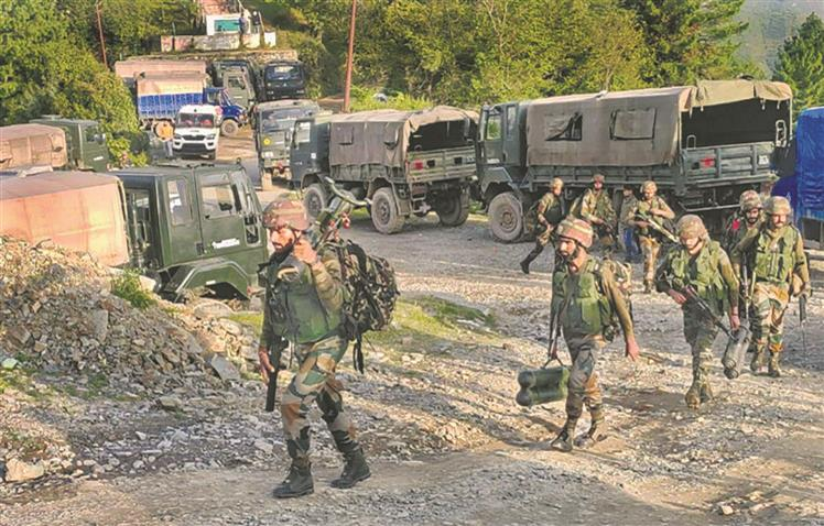 5 soldiers killed in anti-terror operation in Poonch