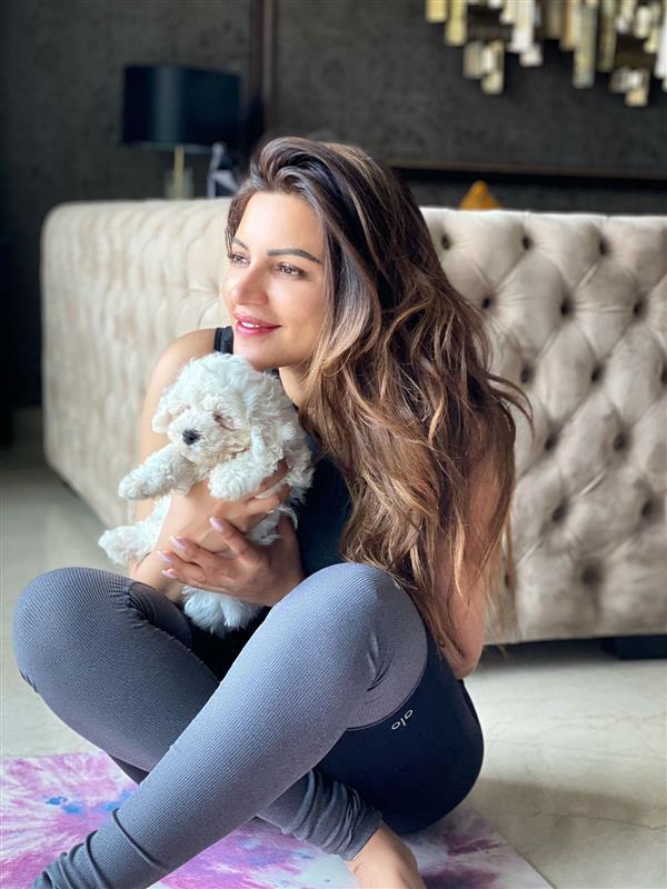 Shama Sikander welcomes her pet dog Casper