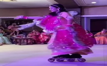 Girl performs traditional Rajasthani folk dance while wearing rollerblades, netizens are impressed