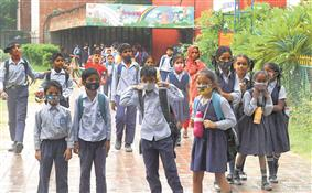 15% primary kids show up at govt schools on Day 1