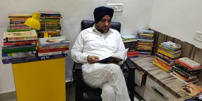 Tarn Taran Diary: Books are the best friends, says Dr Tarsem Singh Golan